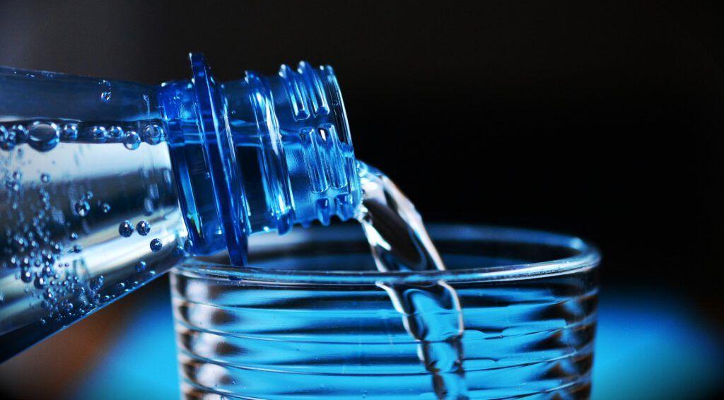 Agua hidrogenada de star sparck, beneficios de ella.