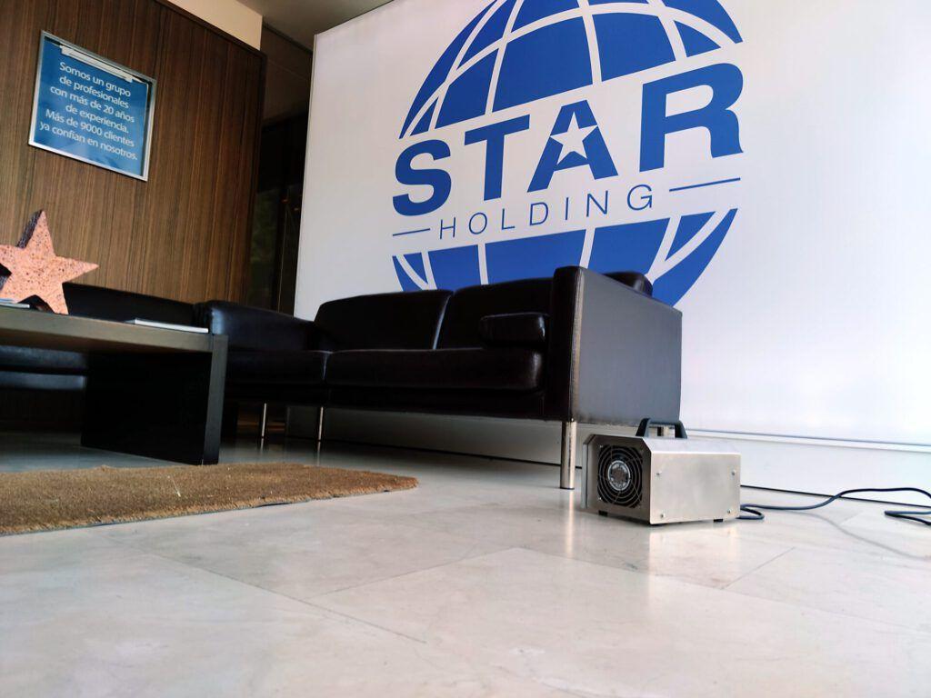 En Star Holding apostamos por la desinfección con ozono. Tanto es así que desinfectamos nuestra oficina con él.