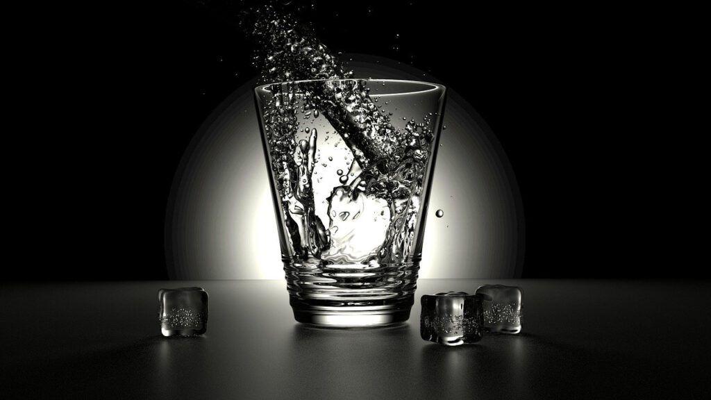 Si estás buscando agua de calidad para ti y tu familia. Star Holding te trae su campaña ósmosis agua de calidad para ti.
